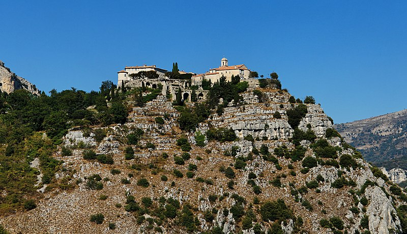 File:Village of Gourdon - Alpes-Maritimes - France.jpg