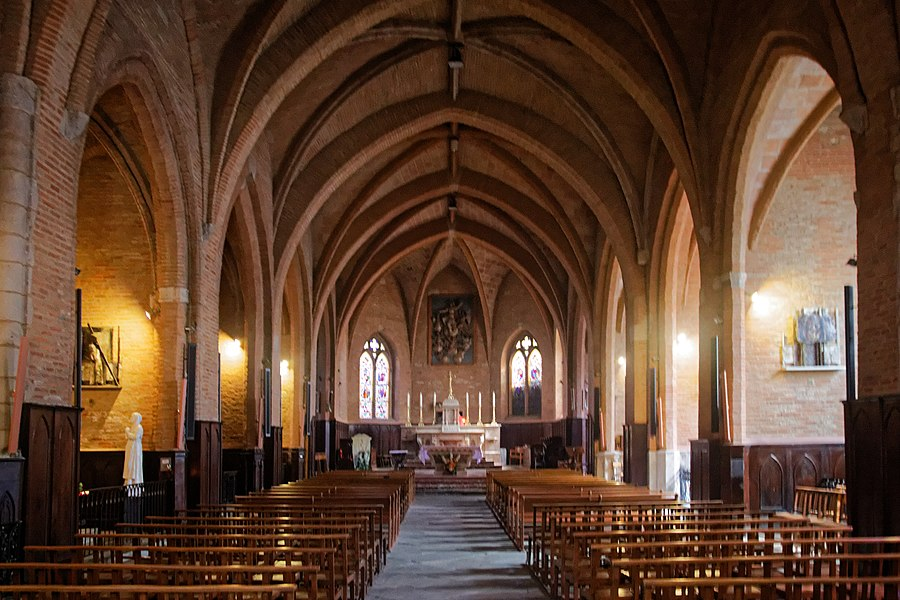 Nave of Our Lady of the Assumption church