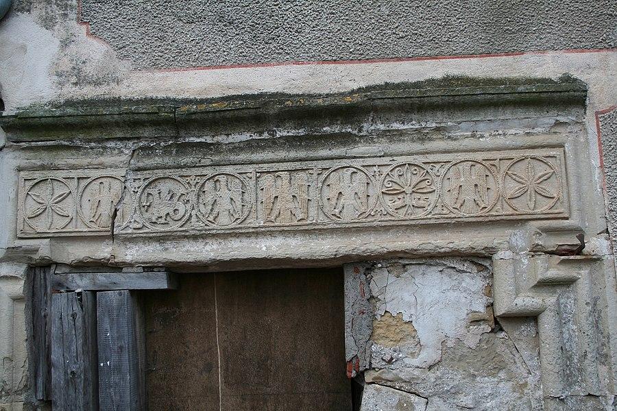 Villemagne-l'Argentière (Hérault) - linteau de la Maison des Monnaies (art roman)