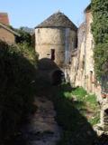 120px-Vitteaux_-_La_tour_porche_2