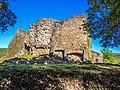 Vue sud-ouest (2) du château du Hugstein.jpg