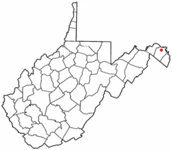 Location of Hedgesville, West Virginia