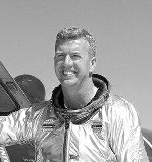 X-15 Flight 90 - Image: Walker E 6682
