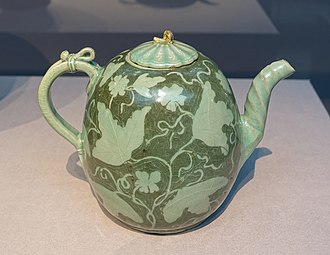 Korean pottery and porcelain - Wine ewer, Goryeo Dynasty, c. 1150-1200 AD
