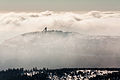Wurmbergschanze über den Wolken.jpg