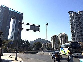 Jiande - Image: Xin'anjiang east enterance