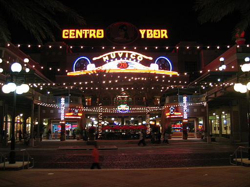 Ybor city tampa shopping square nighttime