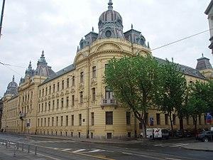 Zgrada hrvatske železnice - panoramio