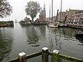 Zicht op Hoofdtoren en sluis vanaf de Oude Doelenkade Hoorn.jpg