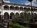 (Iglesia de San Francisco, Quito) Convento pic.bb06 interior courtyard.JPG
