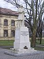 Örkény I. világháborús hősök emlékműve 2011-01-09.JPG