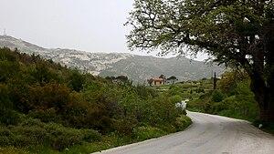 Penteli, Greece - Image: Πεντελικά Λιβάδια