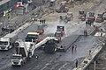 Будівельники розпочали асфальтувати Шулявський шляхопровід (13).jpg