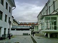 Тюремный замок двор.JPG