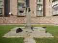 Հովհաննես Հովհաննիսյանի հուշարձան, Վաղարշապատ.png