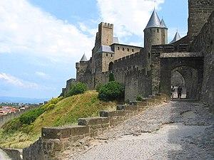 Quentin Durward (TV series) - Image: 00 Carcassonne Porte de l'Aude JPG1