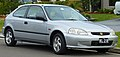 1998-2000 Honda Civic CXi 3-door hatchback (2010-09-19) 01.jpg