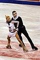 2009 Skate Canada Pairs - Aliona SAVCHENKO - Robin SZOLKOWY - 7449a.jpg