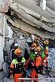 2010년 중앙119구조단 아이티 지진 국제출동100118 중앙은행 수색재개 및 기숙사 수색활동 (209).jpg
