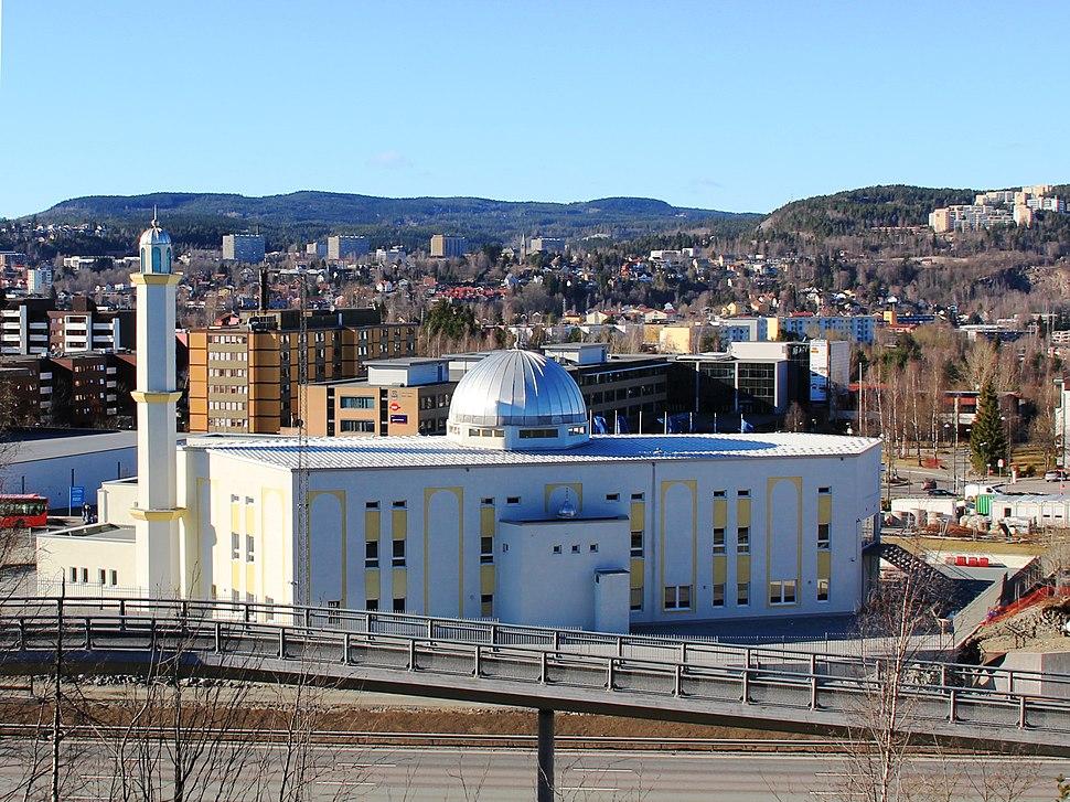 2011-04-08 Bait-un-Nasr mosque