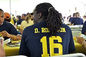 English: Denard Robinson
