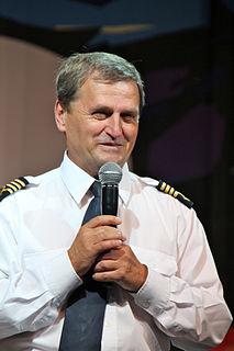 Tadeusz Wrona (aviator) Polish pilot