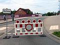2013-05-31 Biermannstraße Celle, 06b2c02, Absperrung Überflutung 09b2c.JPG