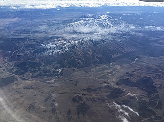 Tushar Mountains - Image: 2015 11 03 11 36 03 View southeast towards the Tushar Mountains of Utah from an airplane