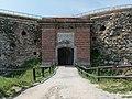 2016 Twierdza Srebrna Góra, fort główny (donżon) 2.jpg