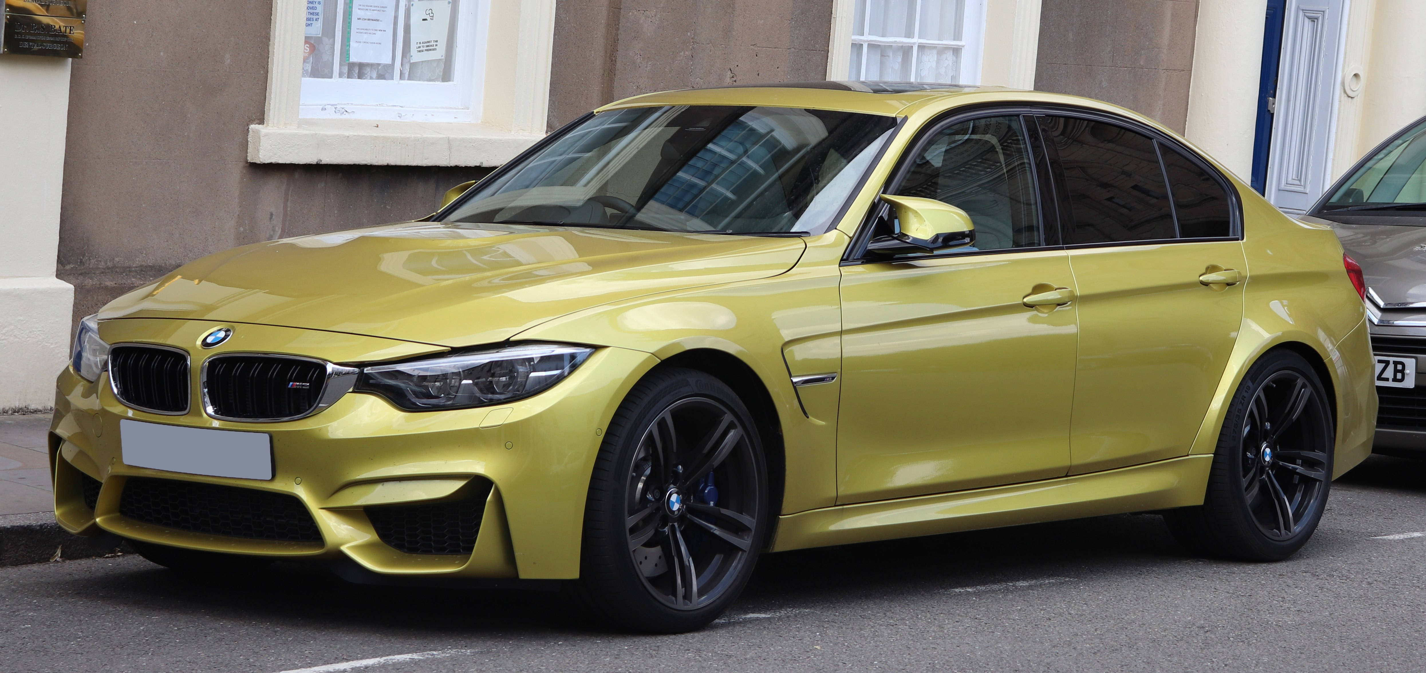 Bmw M3 The Complete Information And Online Sale With Free Shipping