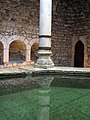389 Banys Àrabs de Girona, piscina de l'apodyterium, detall.JPG