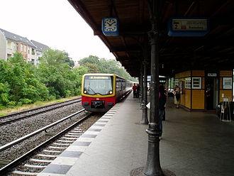 Berlin Rathaus Steglitz station - Image: 60813 Berlin Rathaus Steglitz 2