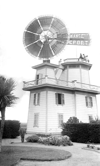 Water in California - Windmill used to pump water for irrigation, Compton, ca. 1900–1901