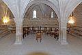 Abbaye Notre-Dame de Sénanque salle capitulaire 03.jpg