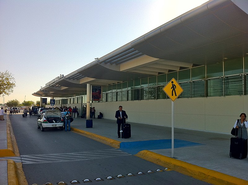 File:Aeropuerto Internacional de Ciudad Juárez. - panoramio.jpg