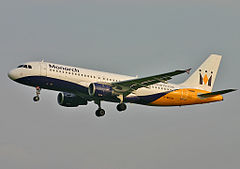 Airbus A320-200 w barwach Monarch Airlines