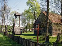 Akmuo church.jpg