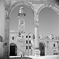 Al Haram esh-Sharif - Tempelberg. Een van de portalen van het platform van de Ro, Bestanddeelnr 255-5412.jpg