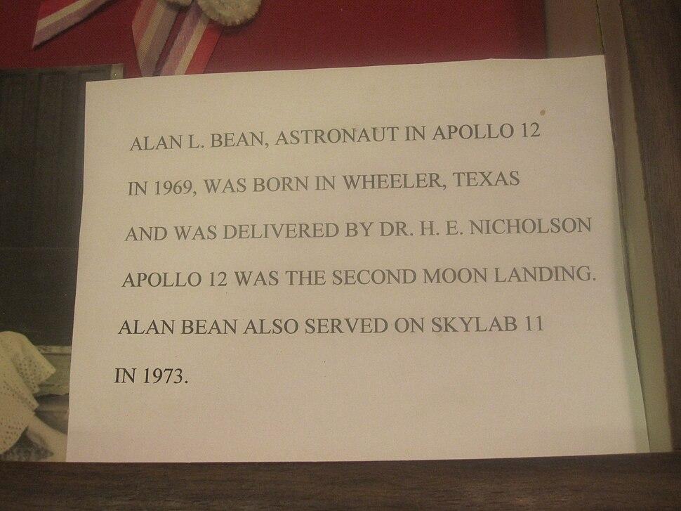 Alan Bean museum marker IMG 6152