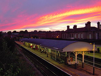 Aldershot railway station - Aldershot railway station, showing (from left to right) platforms 3, 2 and 1.