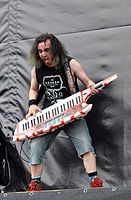 Alestorm, Christopher Bowes at Wacken Open Air 2013 06.jpg