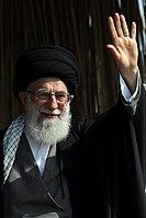 Ali Khamenei in Rahian-e Noor038.jpg
