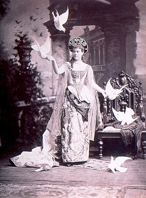 William K. Vanderbilt House - Alva Vanderbilt at her official opening of the chateau in March 1883, held with a masquerade ball for 1000 guests and reportedly costing $3 million.