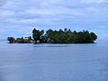 An artificial island off the coast of Auki, Malaita. (10666382503).jpg