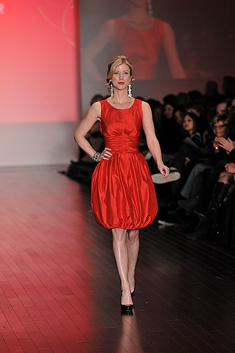 Anna Wallner - Wallner modelling in the Heart Truth fashion show