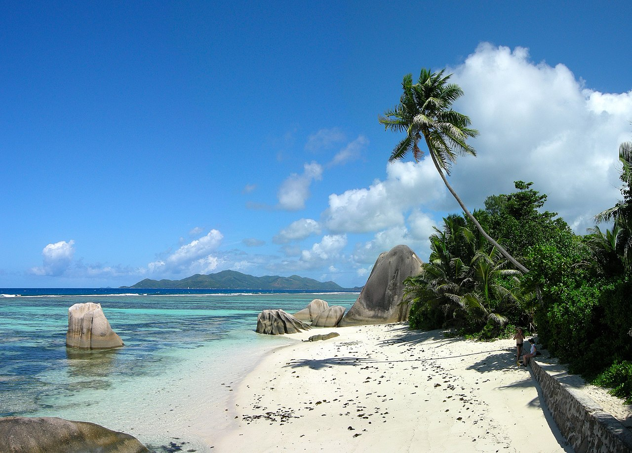 File anse source d 39 argent 2 la wikimedia commons for Garage de la digue