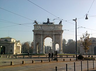 Zone 1 of Milan - Image: Arco della pace 2011