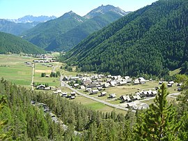 The valley between Brunissard and Arvieux