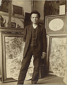 Auguste Herbin in Pablo Picasso's studio on Boulevard de Clichy, early 1911.jpg
