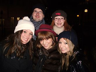 Ayumi Hamasaki - Hamasaki (bottom center) in London with a group of European fans